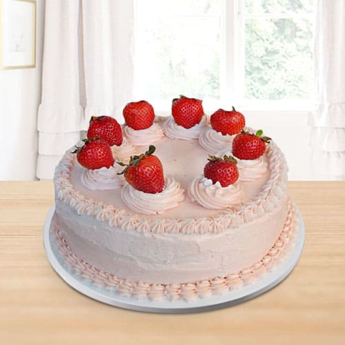 Classic Strawberry Cake for Birthday