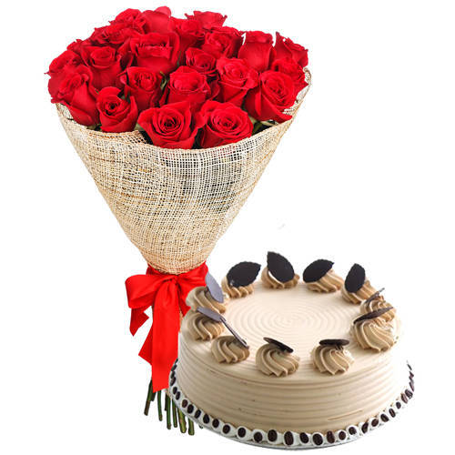 Exotic Red Roses Arrangement with Coffee Cake