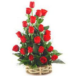 Pretty Arrangement of Red Roses