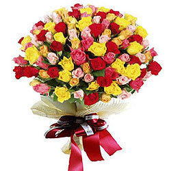 Striking Bouquet of Premium Multicoloured Roses<br>