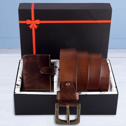 Stunning Hide and Skin Mens Leather Card Holder, Belt N KN95 Mask