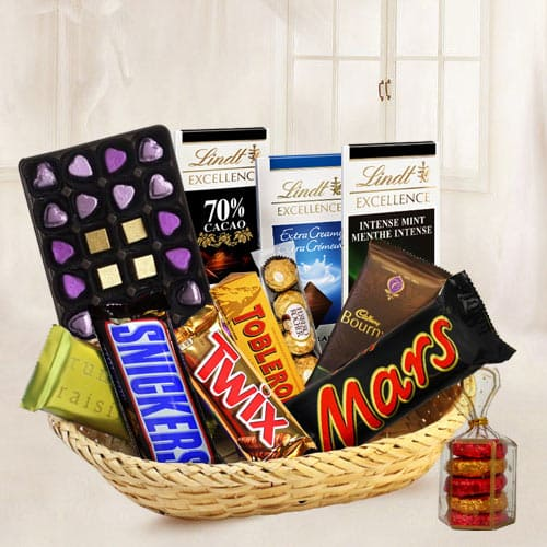 Signature Chocolate Basket Hamper