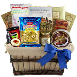 Exclusive Hamper Basket with Assorted Items