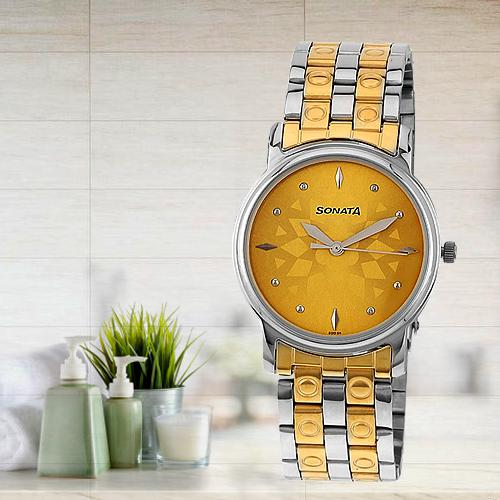Striking Sonata Analog Champagne Dial Mens Watch